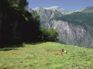 Tre luoghi di lavoro della Sarl Martin Grand: da sinistra in senso orario Eybens, Sinard e Saint Guillaume, tutti e tre nel dipartimento dell'Isére della Regione Rodano-Alpi.