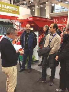 """Francesco Bartolozzi, il primo a sinistra, ha condotto il tour """"Isobus Classe III""""."""
