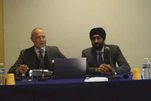 Goldoni (a sinistra) e Singh durante l'incontro con la stampa organizzato da FederUnacoma.