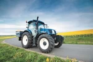 Circolazione trattori le cose da sapere for Attrezzatura agricola usata lazio